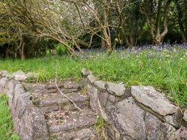 The Blue House at Magnolia Lake - Devon - 1060804 - thumbnail photo 23