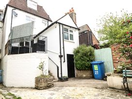 Bridge View Apartment - Dorset - 1060886 - thumbnail photo 30