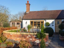 Bay Tree Cottage - Cotswolds - 1060927 - thumbnail photo 1