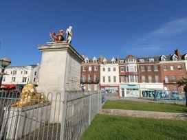 The Kings Statue - Dorset - 1060930 - thumbnail photo 23