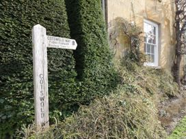 Meadow Cottage - Cotswolds - 1061077 - thumbnail photo 14