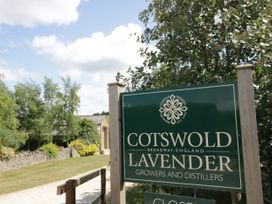 Meadow Cottage - Cotswolds - 1061077 - thumbnail photo 15
