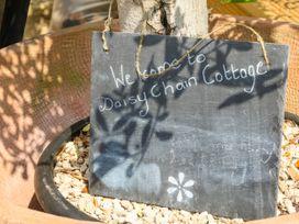 Daisy Chain Cottage - Peak District - 1061197 - thumbnail photo 2