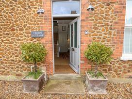 Troon Cottage - Norfolk - 1061237 - thumbnail photo 3