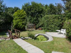 Burwood - North Wales - 1061412 - thumbnail photo 25
