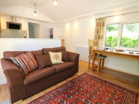 Orchard Lodge - Kent & Sussex - 1061582 - thumbnail photo 3