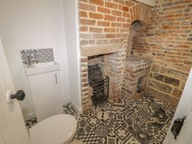 47 Baxtergate - Whitby & North Yorkshire - 1061868 - thumbnail photo 12