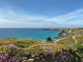 25 The Waves - Cornwall - 1061968 - thumbnail photo 17