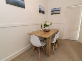 Sandpiper Apartment - North Wales - 1062156 - thumbnail photo 8