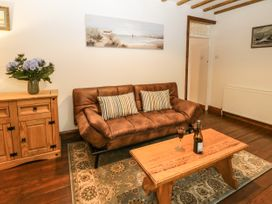 Wayside Cottage - North Yorkshire (incl. Whitby) - 1062267 - thumbnail photo 7