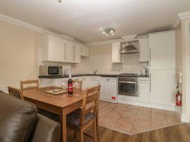 Townbridge Apartment - Dorset - 1062367 - thumbnail photo 12