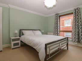 Townbridge Apartment - Dorset - 1062367 - thumbnail photo 19