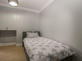 Townbridge Apartment - Dorset - 1062367 - thumbnail photo 22