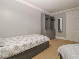 Townbridge Apartment - Dorset - 1062367 - thumbnail photo 23