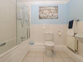 Townbridge Apartment - Dorset - 1062367 - thumbnail photo 24