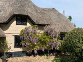 Under Acre Cottage - Dorset - 1062552 - thumbnail photo 4