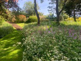 Under Acre Cottage - Dorset - 1062552 - thumbnail photo 48