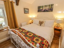 Glan Y Wern Cottage - North Wales - 1062569 - thumbnail photo 11