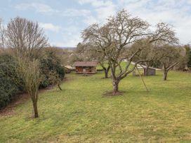 Bramley Orchard Glamping - Lincolnshire - 1062708 - thumbnail photo 2