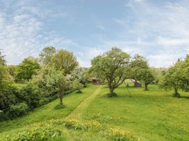 Bramley Orchard Glamping - Lincolnshire - 1062708 - thumbnail photo 16