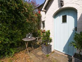 Downton Lodge - South Coast England - 1062875 - thumbnail photo 2