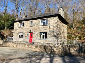 Beser Cottage - North Wales - 1062890 - thumbnail photo 1