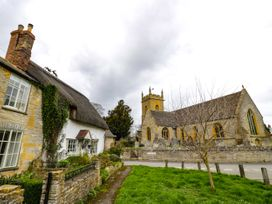Rosewood Lodge - Cotswolds - 1062947 - thumbnail photo 23