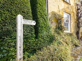 Rosewood Lodge - Cotswolds - 1062947 - thumbnail photo 21