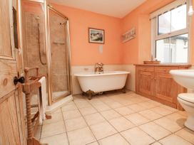 Harbour Cottage - Somerset & Wiltshire - 1063259 - thumbnail photo 34