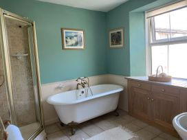 Harbour Cottage - Somerset & Wiltshire - 1063259 - thumbnail photo 28