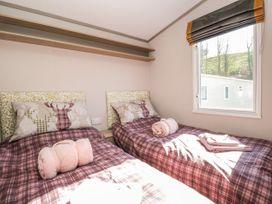 Discovery Lodge - Lake District - 1063377 - thumbnail photo 13