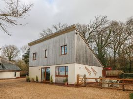 3 bedroom Cottage for rent in Taunton