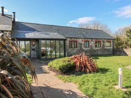 3 bedroom Cottage for rent in St Ishmaels