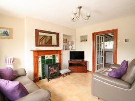 Tawny Cottage - Norfolk - 1063930 - thumbnail photo 4