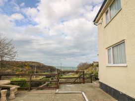 35-37 Upper Quay Street - Anglesey - 1063990 - thumbnail photo 2