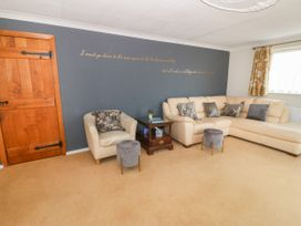 35-37 Upper Quay Street - Anglesey - 1063990 - thumbnail photo 3