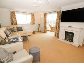 35-37 Upper Quay Street - Anglesey - 1063990 - thumbnail photo 4