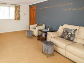 35-37 Upper Quay Street - Anglesey - 1063990 - thumbnail photo 6