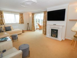 35-37 Upper Quay Street - Anglesey - 1063990 - thumbnail photo 7