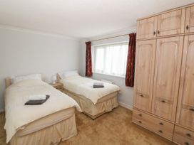 35-37 Upper Quay Street - Anglesey - 1063990 - thumbnail photo 13