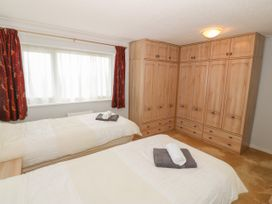 35-37 Upper Quay Street - Anglesey - 1063990 - thumbnail photo 14