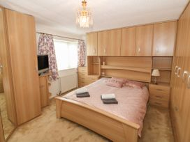 35-37 Upper Quay Street - Anglesey - 1063990 - thumbnail photo 19