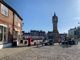 Number 15 - North Yorkshire (incl. Whitby) - 1064053 - thumbnail photo 26