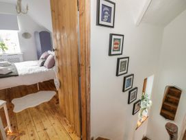 Crompton Cottage - Cotswolds - 1064204 - thumbnail photo 24