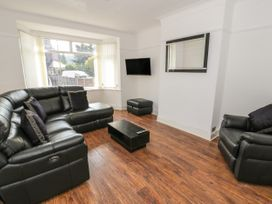 4 Belvedere Place - North Wales - 1064205 - thumbnail photo 2