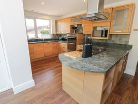 4 Belvedere Place - North Wales - 1064205 - thumbnail photo 7