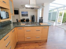 4 Belvedere Place - North Wales - 1064205 - thumbnail photo 9
