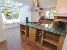 4 Belvedere Place - North Wales - 1064205 - thumbnail photo 10