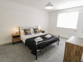 4 Belvedere Place - North Wales - 1064205 - thumbnail photo 11