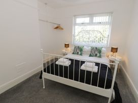 4 Belvedere Place - North Wales - 1064205 - thumbnail photo 13